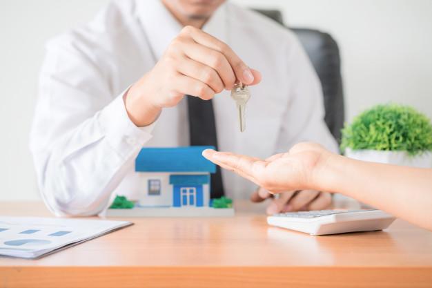 Le processus de cession de biens immobiliers : comment un notaire peut-il vous aider dans un transfert ou une transaction immobilière ?